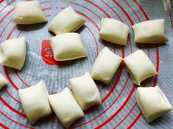 香葱猪肉生煎包的简单做法