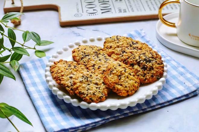 黑芝麻红糖燕麦饼干怎样做