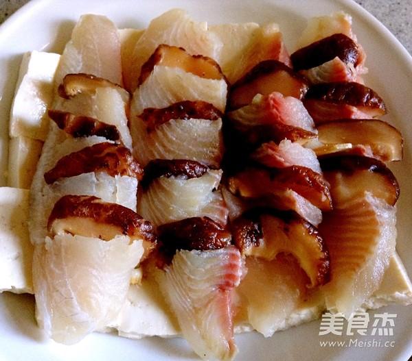豆腐香菇蒸鲷鱼怎么做