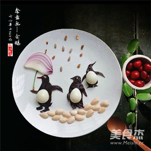 企鹅儿童趣味创意餐成品图