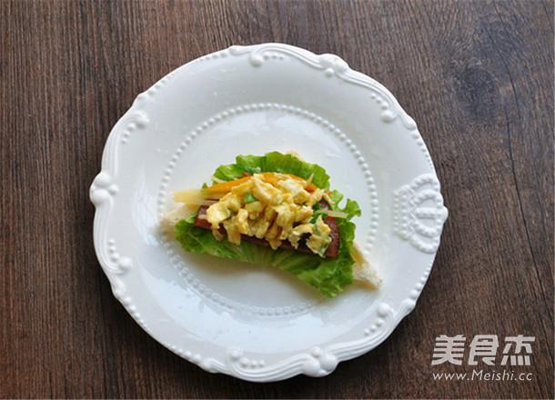 鸡蛋三明治趣味早餐怎么吃
