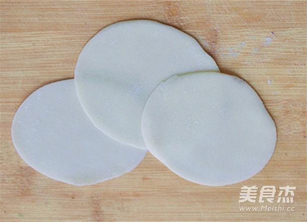 芹菜猪肉馅生煎饺子的家常做法