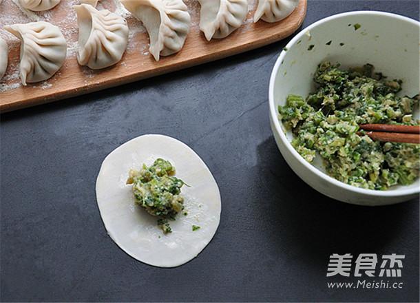 芹菜猪肉馅生煎饺子的简单做法