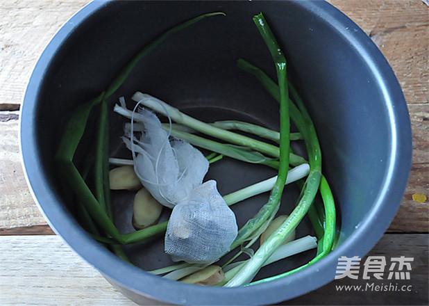 电压力锅版卤猪蹄怎么吃