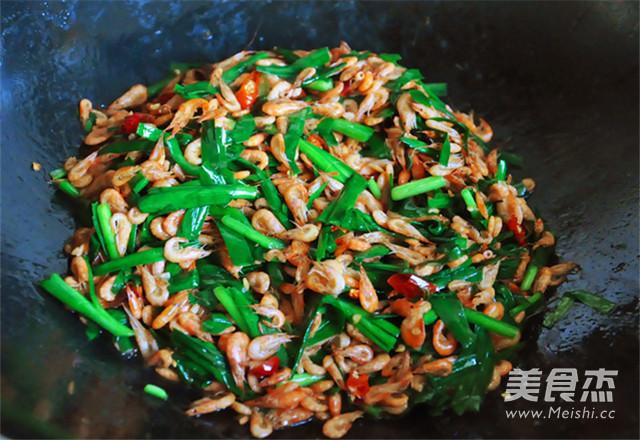 韭菜炒河虾怎么炒
