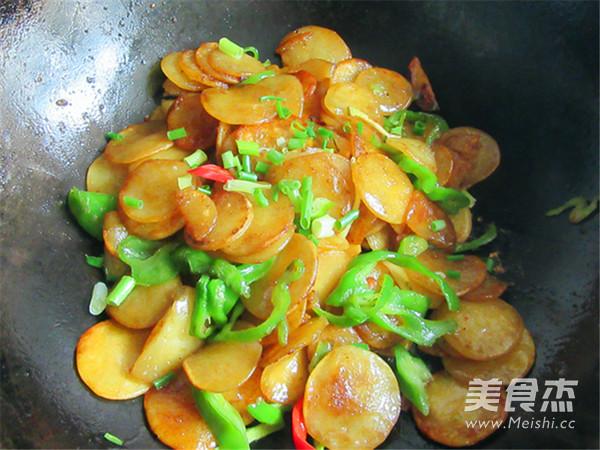 绿豆饼炒青椒怎么吃