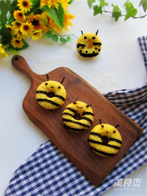 小蜜蜂甜甜圈饭团怎么做