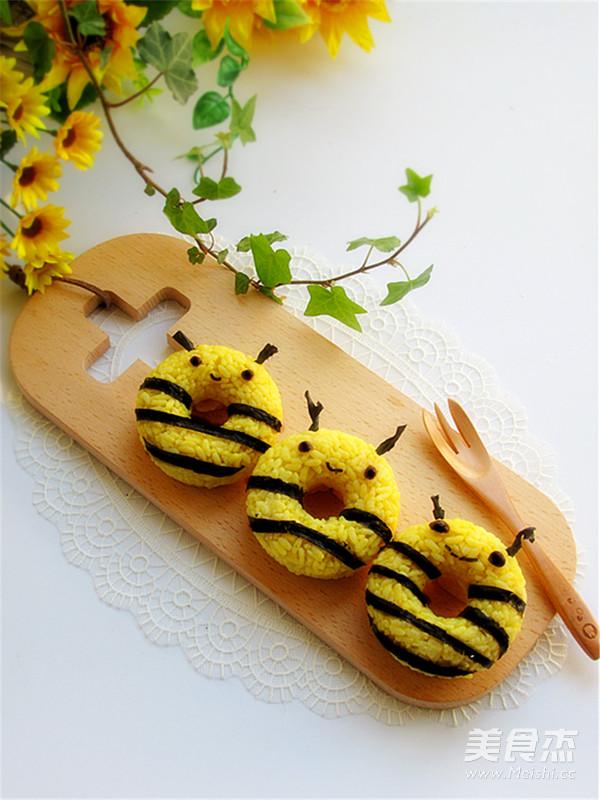 小蜜蜂甜甜圈饭团怎么炒