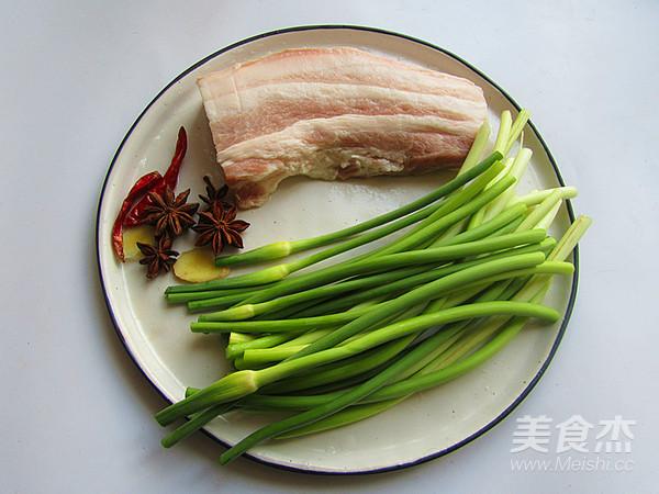 五花肉炒蒜苔的做法大全