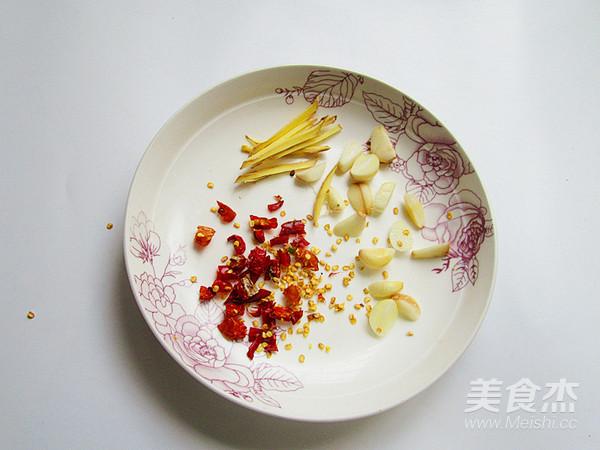 螺蛳肉炒韭菜怎么吃