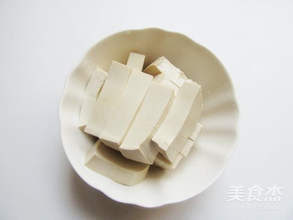 猪血炖豆腐的简单做法