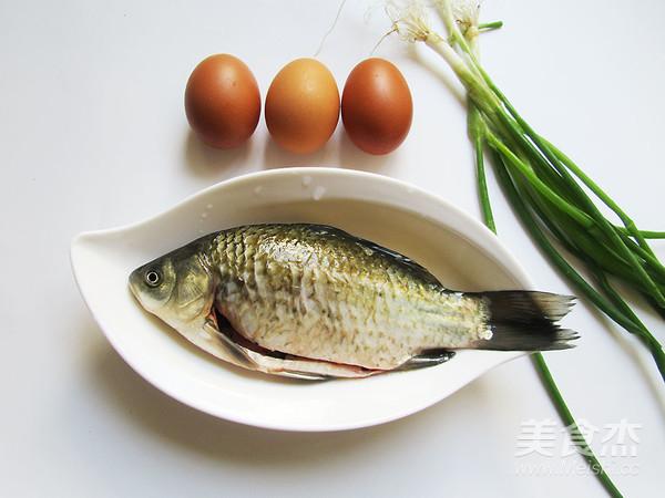 鲫鱼蒸蛋的做法大全