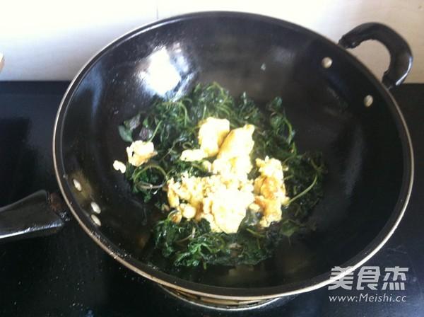 紫苏炒鸡蛋怎么吃