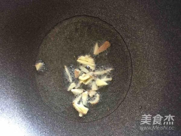 爆炒蛤蜊的家常做法