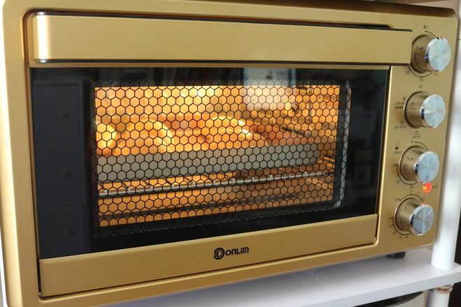 沙拉肉松面包的制作方法
