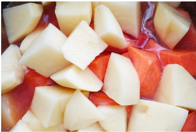 番茄土豆胡萝卜炖牛腩——高压锅版怎样煸