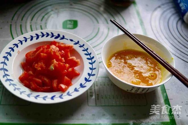盖浇番茄鸡蛋面怎么做