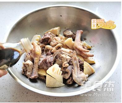 春笋尖焖土鸡的简单做法