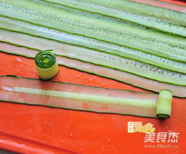 """好吃又好看的""""网红""""响油黄瓜卷的做法图解"""