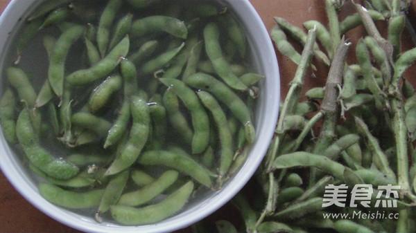 山东盐水煮豆荚的做法图解
