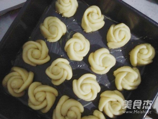玫瑰花椰蓉面包怎么煮