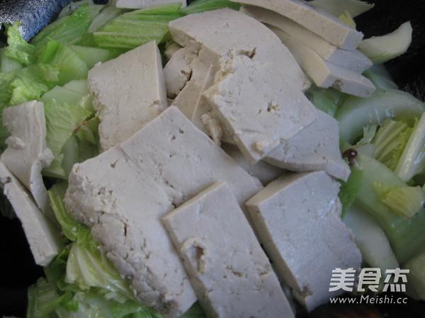 白菜炖豆腐的家常做法