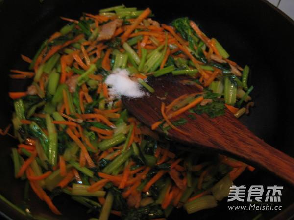 水芹菜炒肉怎么做