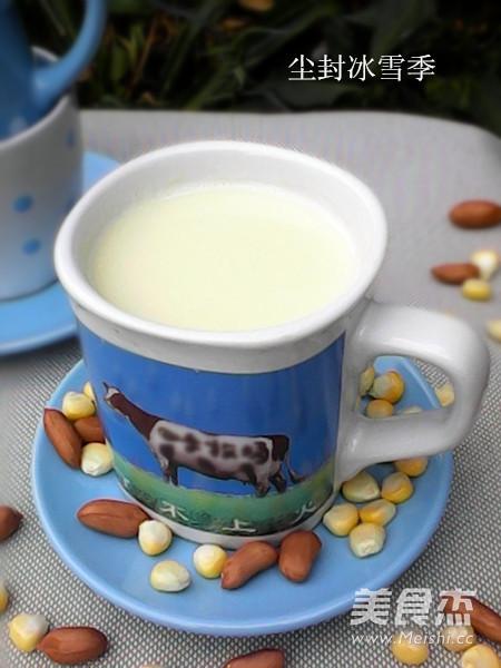 奶香花生玉米汁成品图