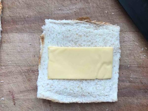 早餐吃什么—火腿吐司卷的做法图解