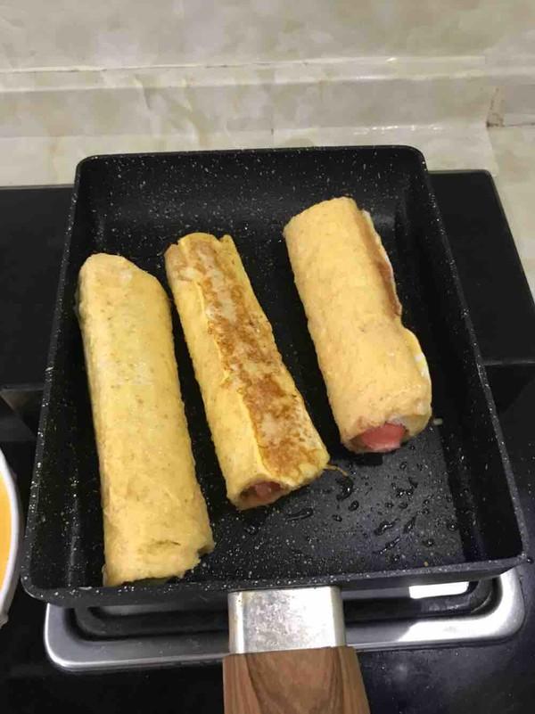 早餐吃什么—火腿吐司卷怎么做