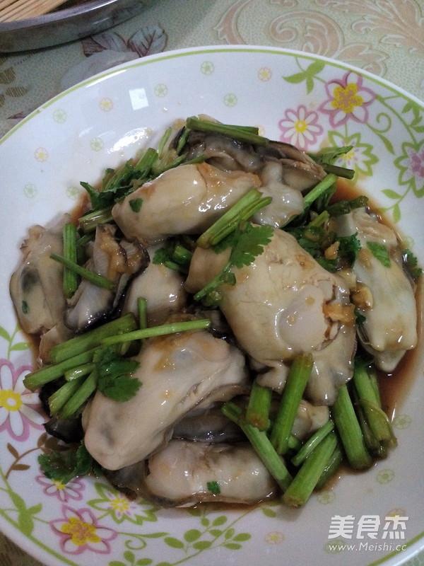 凉拌海蛎子肉成品图