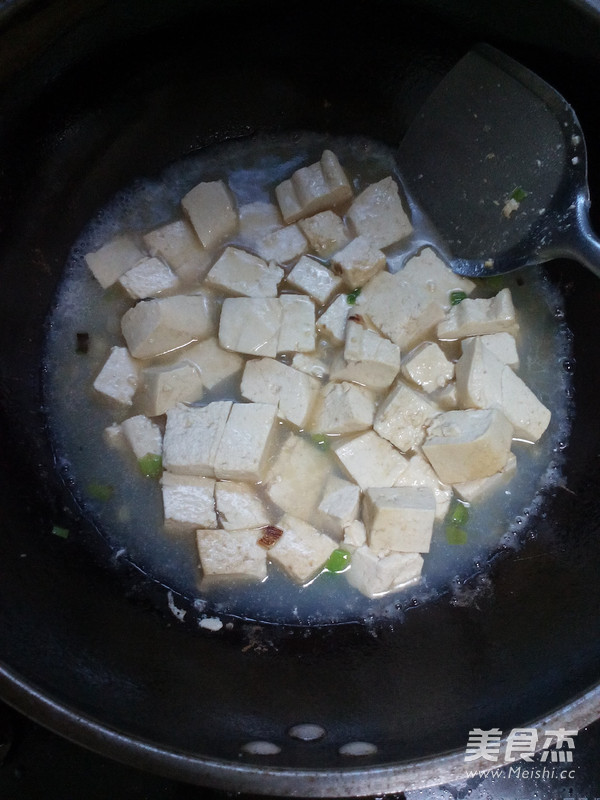 金针菇海鲜炖豆腐怎么做