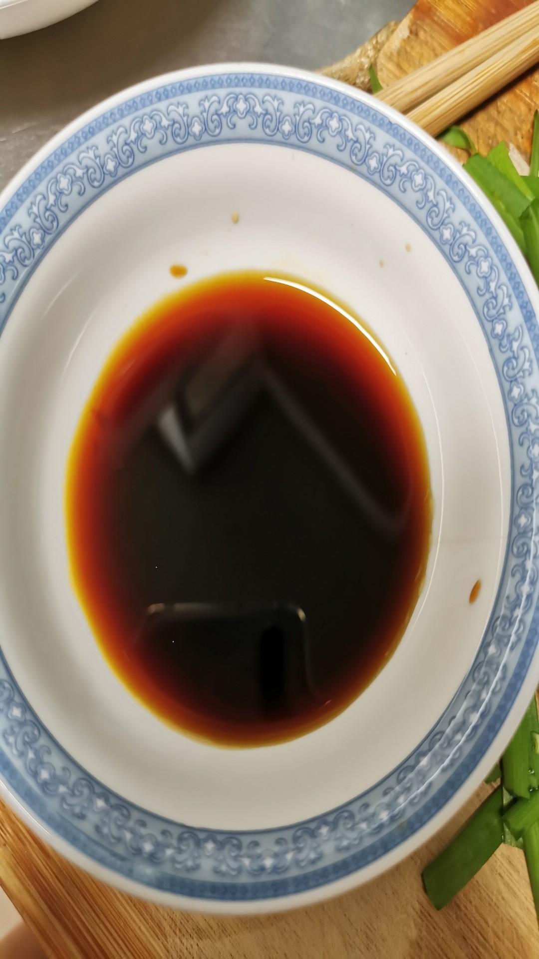 木耳炒豆腐皮怎么炒