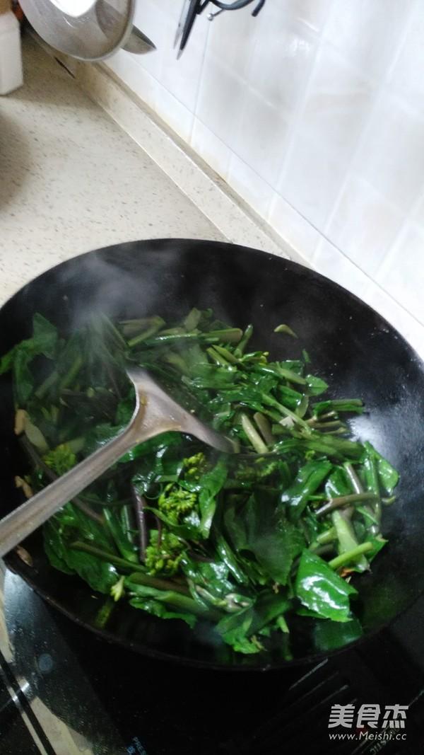 酸辣红菜苔的简单做法
