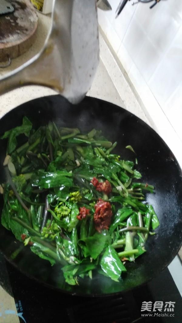 酸辣红菜苔怎么做