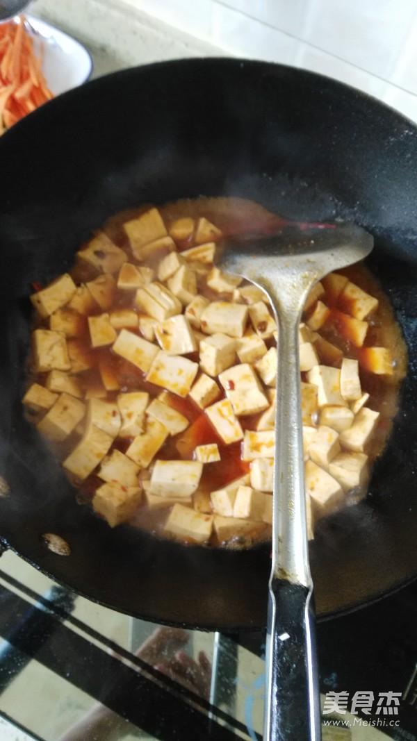 豆腐炒肉丁怎么炒