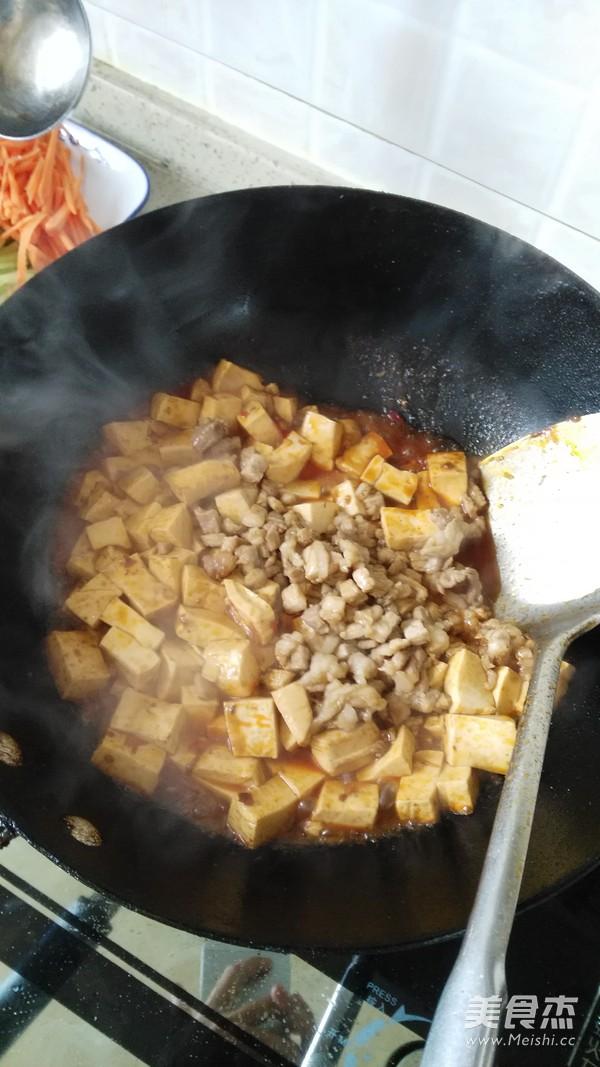 豆腐炒肉丁怎么煮