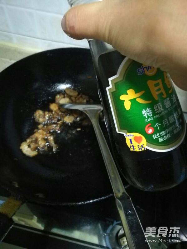 四季豆肉末西红柿鸡蛋面条的家常做法