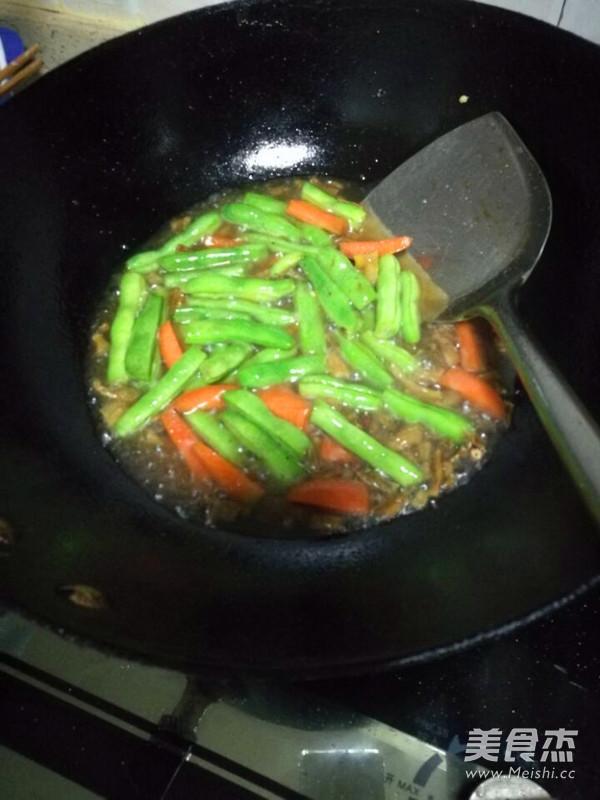 四季豆肉末西红柿鸡蛋面条怎么吃