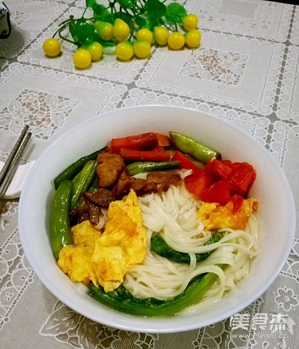 四季豆肉末西红柿鸡蛋面条怎样煮