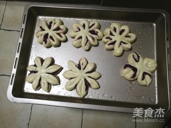 紫薯花瓣面包怎么煮