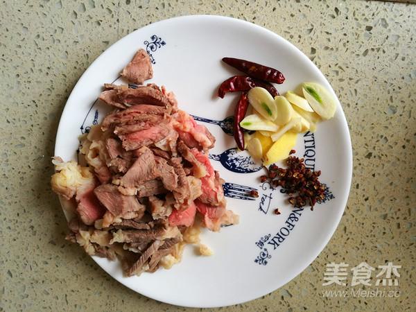 香辣白萝卜炖牛肉的家常做法