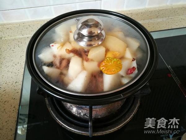 香辣白萝卜炖牛肉怎么煮