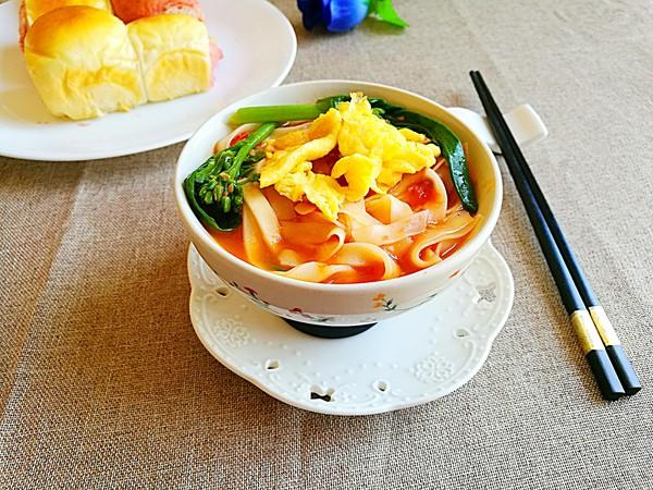 一个人的面条---西红柿炒鸡蛋青菜汤面怎么煸