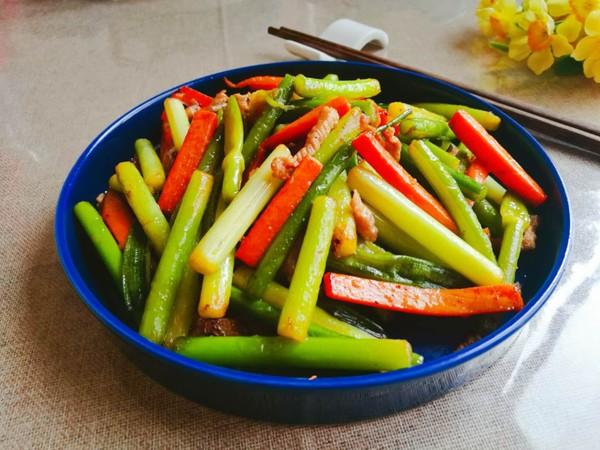 蒜苔胡萝卜炒肉丝怎么吃