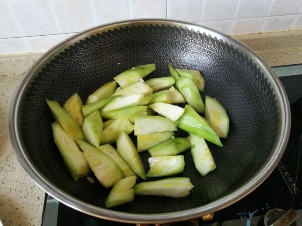 蒜蓉炒丝瓜的家常做法