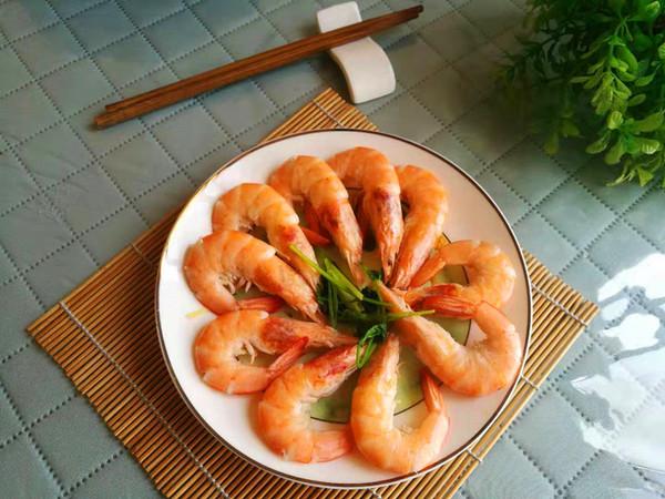 白灼海虾怎么吃