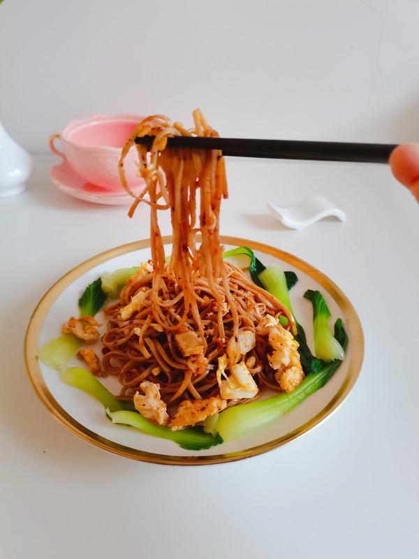 鸡蛋青菜蒜香荞麦面成品图
