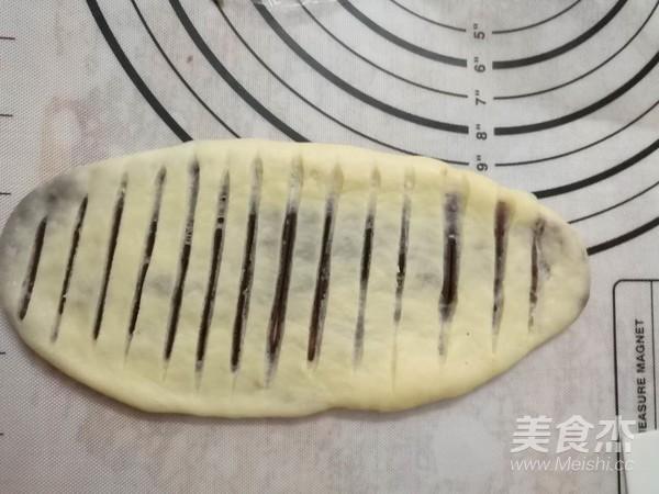 毛毛虫豆沙面包怎么煮
