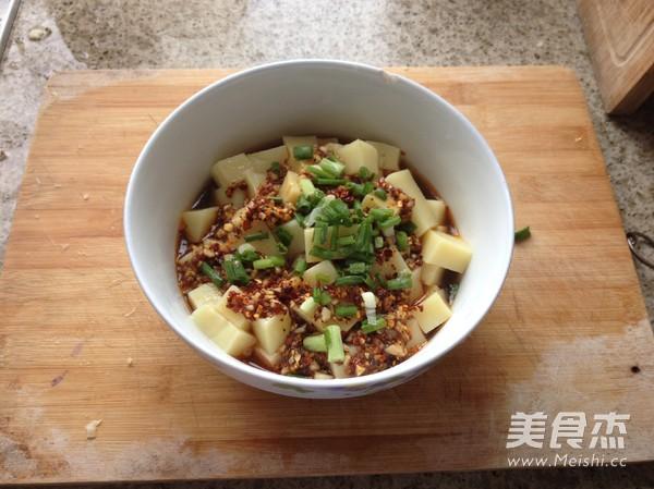 凉拌米豆腐怎么吃